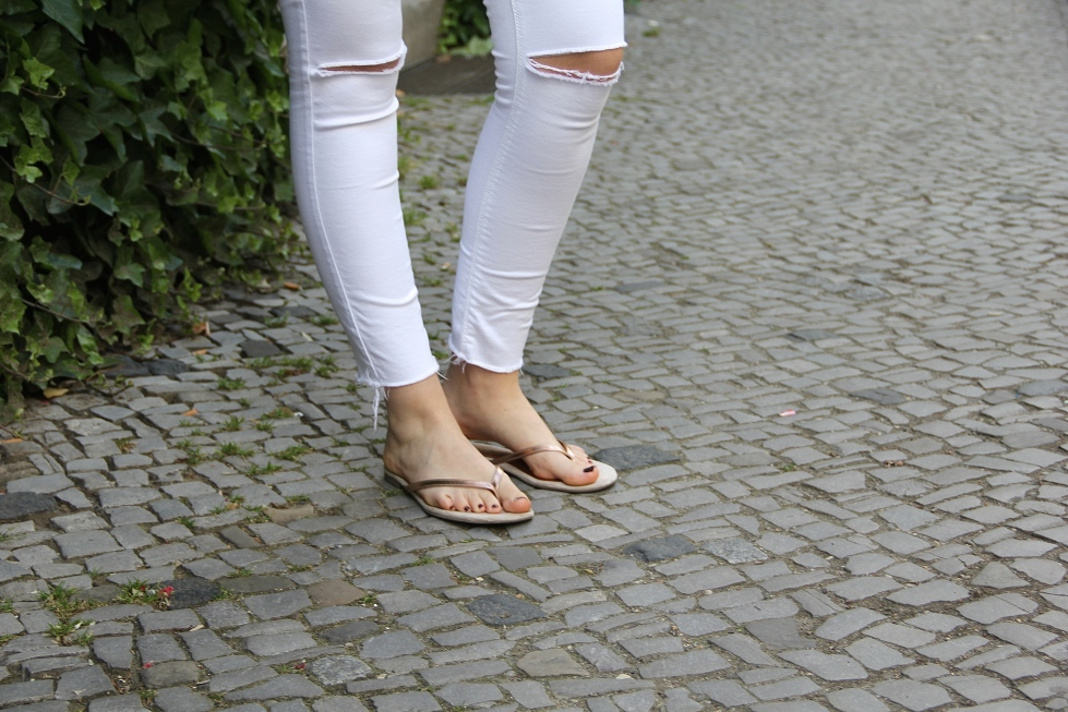Style_by_Marie_Outfit_WhiteJeans3
