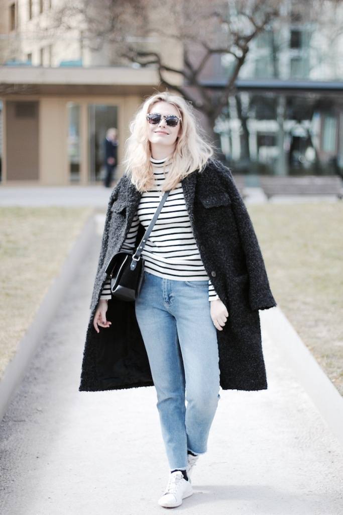 Style-by-Marie-Blog-Streetstyle-Outfit-Blue-Jeans-Acne-2