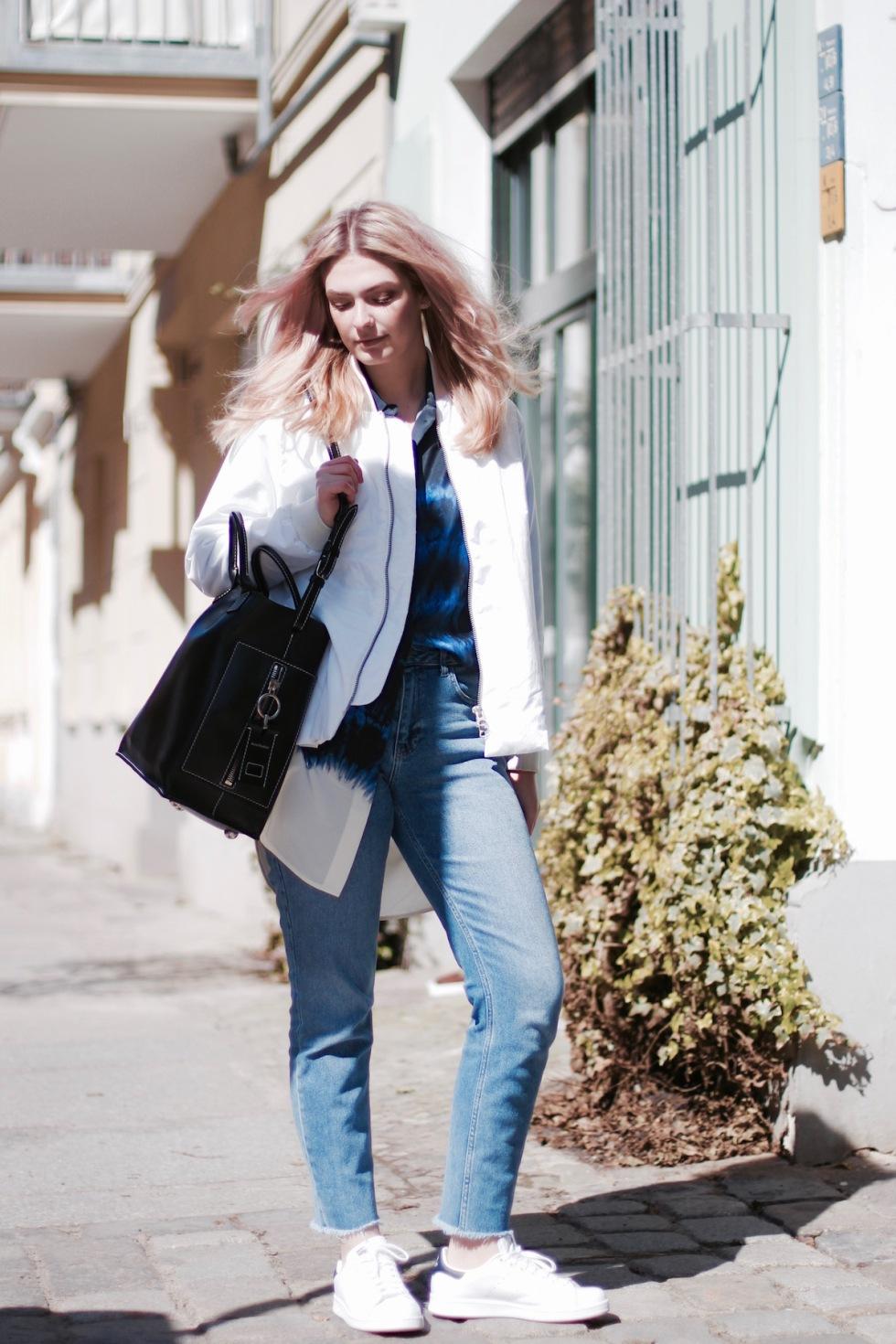 Style-by-Marie-Blog-Outfit-Blau-Batik-1