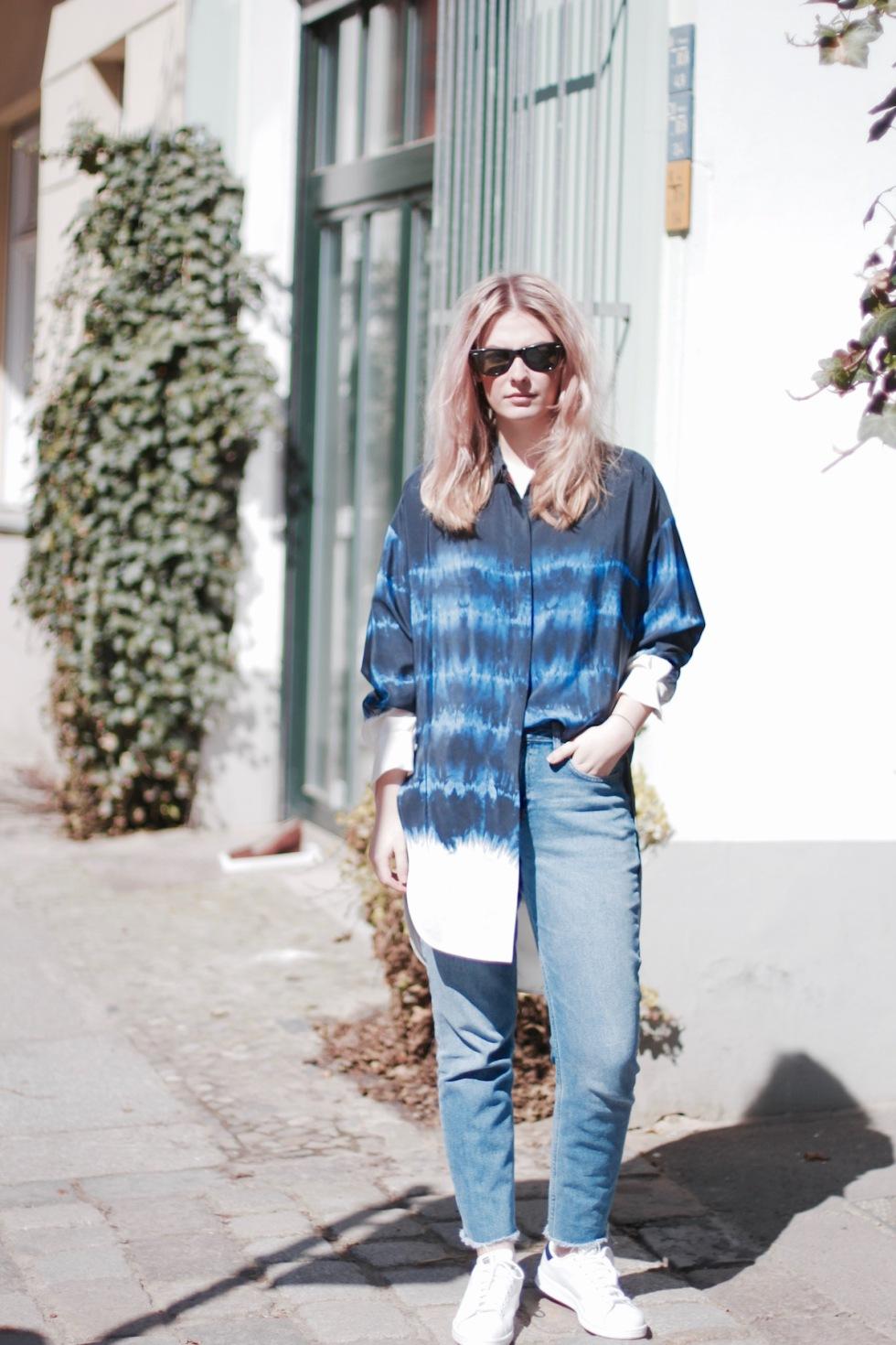 Style-by-Marie-Blog-Outfit-Blau-Batik-3