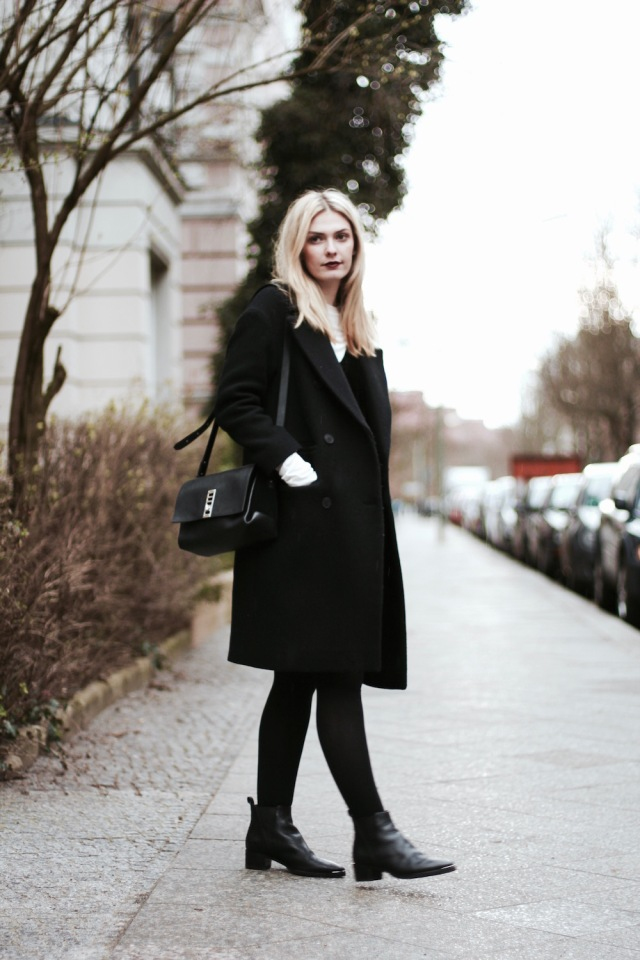 Style-by-Marie-Outfit-Berlin-Samt-Kleid-Layering-3