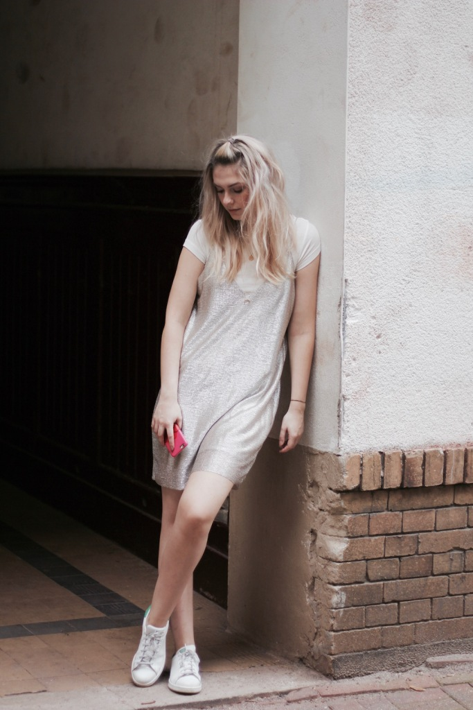 Style-by-Marie-Fashion-Blog-Outfit-Slipdress-Layering-3
