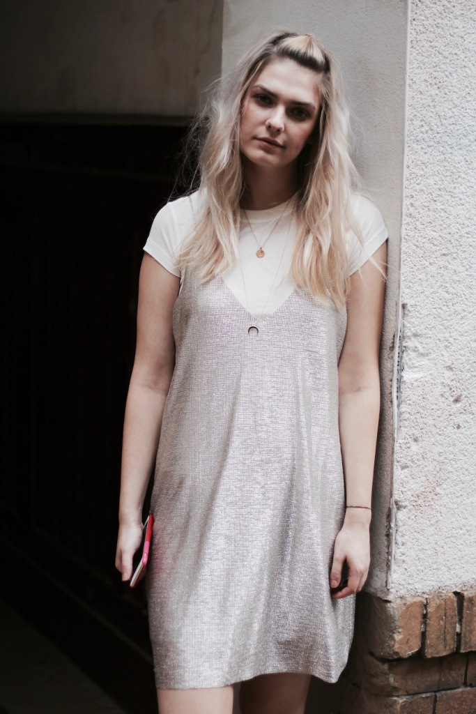 Style-by-Marie-Fashion-Blog-Outfit-Slipdress-Layering-4