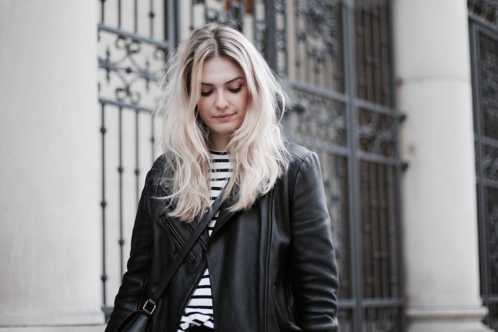 Style-by-Marie-Fashionblog-Outfit-Lederhose-Streifen-9