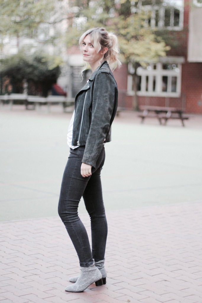 style-by-marie-outfit-acne-studios-lederjacke-glitzerboots-5